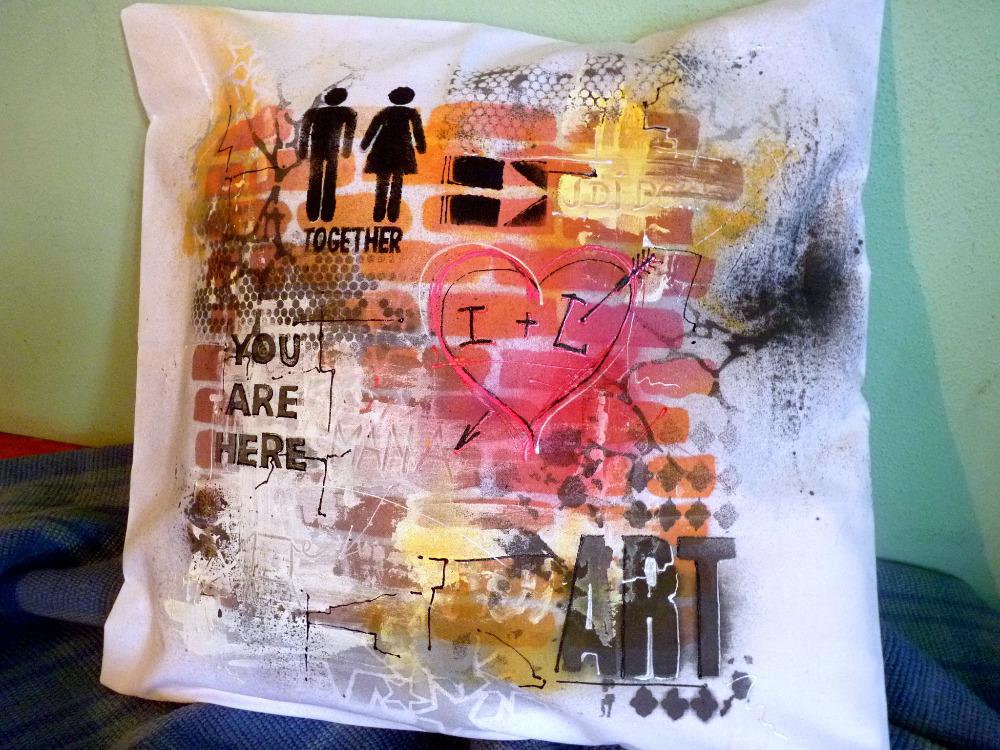 Textilní graffiti – viděli jste ve Snídani s Novou