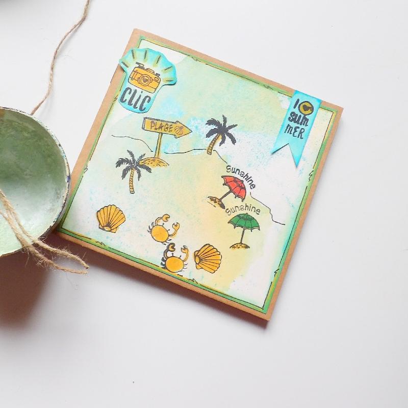 Deníček nebo fotoalbum na pláž.